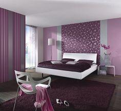 Wohnzimmer ideen wandgestaltung lila  wohnideen schlafzimmer modern lila blumen wanddeko | HOME ...
