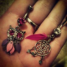 Dream catcher belly button ring and owl belly button ring love it. Bellybutton Piercings, Cute Piercings, Navel Piercing, Body Piercings, Piercing Tattoo, Belly Button Jewelry, Belly Button Rings, Cute Belly Rings, Belly Bars