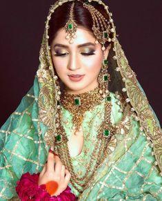 Pakistani Bridal Couture, Pakistani Bridal Jewelry, Bridal Mehndi Dresses, Pakistani Wedding Outfits, Bridal Dress Design, Pakistani Dresses, Bridal Makeup Looks, Bridal Looks, Bridal Pictures