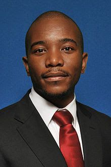 Watch: Mmusi Maimane roasted by BBC journalist: DA leader, Mmusi Maimane faced fresh accusations that the political party is a white party with a black face in an interview with the BBC. Democratic Alliance, Popular News, Political Party, Accusations, Bbc, South Africa, Leadership, Interview, Politics