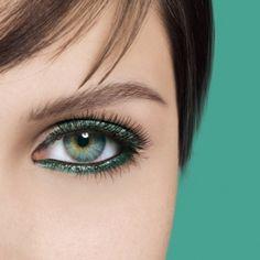 ~~~~ I heart colored eyeliner!~~~~~~Sharada Baker Beauty: Makeup Trends for Summer=