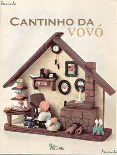 fimo mini stuff - EVIE D - Picasa-Webalben Diy Dollhouse, Dollhouse Miniatures, Diy Wall Decor, Diy Home Decor, Wood Pallet Crafts, Disney Stained Glass, Diy And Crafts, Arts And Crafts, Vitrine Miniature
