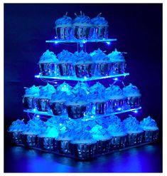 Pastry Stand 4 Tier Acrylic Cupcake Display Stand with LED String Lights Dessert Tree Tower for Birthday/Wedding Party (Cold) [Structure] 4 inches cm) high between per 2 tiers of acrylic plates, and it could be removable as a tiers. Fall Wedding Cakes, Beautiful Wedding Cakes, Gorgeous Cakes, Wedding Desserts, Frozen Wedding Theme, Wedding Dessert Tables, Wedding After Party, Wedding Shower Cupcakes, Cupcake Stand Wedding