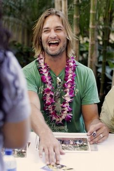 Josh Holloway - Photo posted by Harold Perrineau, Lost Memes, Terry O'quinn, James Ford, Lost Tv Show, Josh Holloway, Matthew Fox, Emilie De Ravin, Celebs