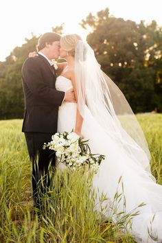 romantic southern wedding in South Carolina - photo by Courtney Dox Photography