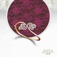 Zoya Diamond Necklace Set, Diamond Bracelets, Gold Bangles, Diamond Jewelry, Bangle Bracelets, Pearl Bracelet, Gold Jewelry, Gold Necklace, Gold Mangalsutra Designs