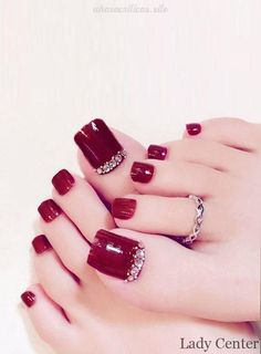 Anklet and toe ring combination Pretty Toe Nails, Cute Toe Nails, Pretty Toes, Toe Nail Art, Toe Ring Designs, Nail Designs, Long Toenails, Red Toenails, Simple Acrylic Nails