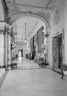The Elms, Hallway.