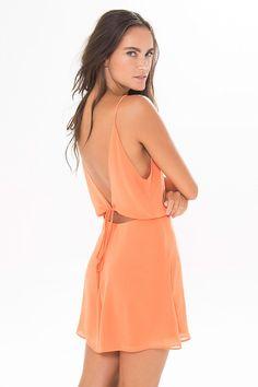 vestido decote costas alcinha | FARM