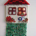 Mavi Boncuk Ve Keçe ıle Dekoratif Süsler Pictures Felted Wool Crafts, Felt Crafts, Fabric Crafts, Diy And Crafts, Crafts For Kids, Weird Jewelry, Felt Baby, Christmas Decorations, Holiday Decor