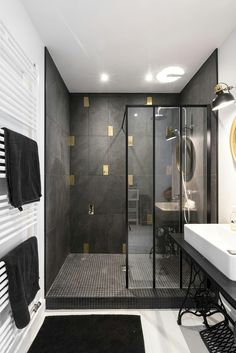 DIY bathroom decor and ideas on a budget. Ideas for organization, storage, decorating, and renovations. Bathroom Red, Guest Bathrooms, Bathroom Layout, Dream Bathrooms, Modern Bathroom, Small Bathroom, Master Bathroom, Bathroom Cabinets, Bathroom Ideas