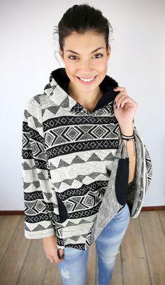"Cape ""Colorado"" in schwarz-creme, perfekt für die Festival-Saison / hipster cape with aztec pattern, perfect festival style by Shoko via DaWanda.com"