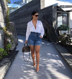 💫 mirelsarai 💫 date outfits, classy outfits, short outfits, spring outfit Classy Outfits, Chic Outfits, Fashion Outfits, Date Outfits, Fashion Killa, Girl Fashion, Fashion Looks, Denim Fashion, Ladies Fashion