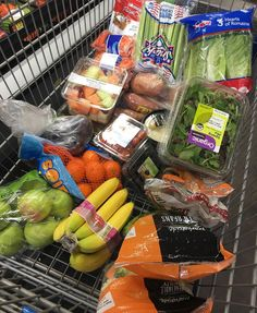 It's a healthy lifestyle! Doing some more grocery shopping Choose wisely Healthy Groceries, Healthy Shopping, Cute Food, Yummy Food, Healthy Fridge, Frosty Recipe, Clean Eating, Healthy Eating, Food Goals