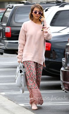 Jessica Alba Wears A Ladylike Floral Silk Skirt & Carries The New 'It