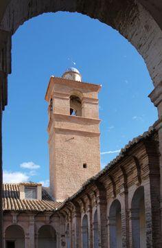 Llombai se incorpora a las Rutas Turísticas Medioambientales Valencia, Notre Dame, Building, Travel, Paths, Viajes, Buildings, Traveling, Trips