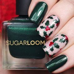 Christmas is coming! The holiday season is a time where fashion and beauty becomes fun, vibrant and glittery. An easy way to give your look a festive vibe is with nail art. So, we have put together a list of 25 of the best Christmas nails. Creative Nail Designs, Cute Nail Designs, Creative Nails, Xmas Nails, Holiday Nails, Christmas Nails, Holly Christmas, Christmas Makeup, Christmas Stickers
