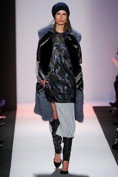 BCBG Max Azria Fall 2013 Ready-to-Wear Fashion Show - Paulina Kubaczyk