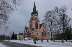 Pink Church in Kemi, Finland Cathedrals, Castles, Seaside, Places To Go, Spaces, Country, Winter, Pink, Travel