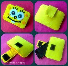 Spongebob Handmade Felt Pouch by blissfulhandmade Pencil Topper Crafts, Pencil Toppers, Felt Crafts Kids, Diy And Crafts, Felt Diy, Handmade Felt, Felt Phone Cover, Spongebob Crafts, Felt Pouch