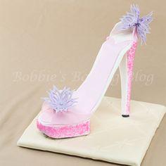Sugar Paste Designer Shoe Cake Topper Tutorial!