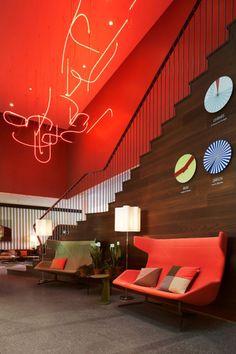 This hotel exhibits a whole lot of design. Hotel Zurich West in interior design architecture Category Lobby Design, Design Hotel, Home Design, Design Entrée, Design Blog, Design Ideas, Unique Hotels, Beautiful Hotels, Beautiful Interiors