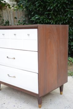 Mid-Century Modern Dresser Makeover - Thrift Diving7681