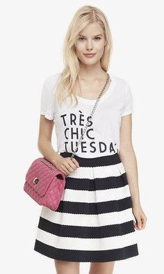 SCOOP NECK GRAPHIC TEE - TRES CHIC TUESDAY | Express