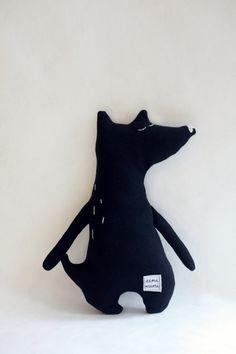 Little Wolfie, handmade organic minimalist soft toy Diy Plush Toys, Baby Toys, Kids Toys, Style Hipster, Fabric Animals, Cute Stuffed Animals, Bear Doll, Diy Pillows, Felt Toys
