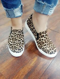 Joey's Leopard Slip On Shoes Black Slip On Sneakers Outfit, Tennis Shoes Outfit, Slip On Shoes, Flat Shoes, Vans Outfit, Casual Shoes, Leopard Print Converse, Leopard Slip On, Leopard Prints