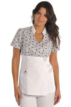 Imagen relacionada Koi Scrubs, Cute Scrubs, Dental Scrubs, Medical Scrubs, Scrubs Outfit, Scrubs Uniform, Medical Uniforms, Work Uniforms, Nursing Tops