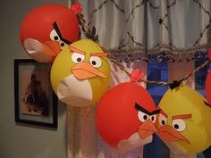 angry bird balloons    This would be so easy to make into a pinata!!