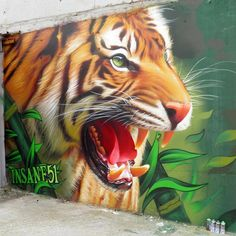 INSANE51 - The Hunter spraypaint on wall 2015