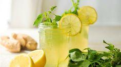 Çayı her gün içmeye devam edin. İlk iki haftadan sonra çok ciddi bir fark göreceksiniz. Sadece bunu içerek 3 ayda 10 kilo verebilirsiniz.. Malzemeler, 1 elma 1 limon 1 tane çubuk tarçın 1 tatlı kaşığı tane karabiber 5-6 tane karanfil 1 çay kaşığı toz zencefil veya 1 dilim taze zencefil 1,5 litre kaynamış su Hazırlanışı; …