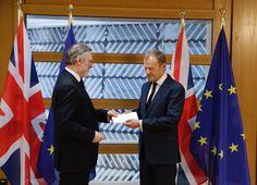 Reino Unido entregou em Bruxelas carta formal para saída da UE - BOM DIA