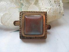 Victorian Saphiret Button