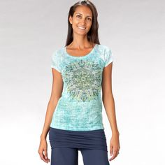 prAna (ancient Sanskrit meaning Life energy and vitality of the soul ) clothing is the ultimate in high-performance active wear - inspired by the passions o Soul Clothing, Chai, Active Wear, Cool Outfits, V Neck, Tees, How To Wear, Clothes, Women