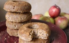 <p>These raw apple cider doughnuts are everything a good doughnut should be – and pretty easy to make, too! </p>