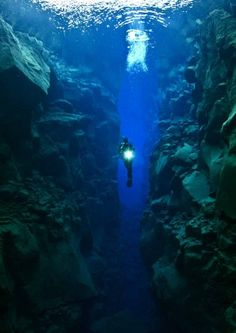 Iceland - go diving between two continents at Silfra Crack, by Geoff Spiby - and other neat things to do in Iceland