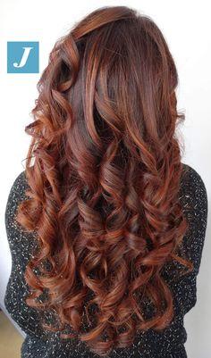 Ad ogni donna il Degradé Joelle che desidera. #cdj #degradejoelle #tagliopuntearia #degradé #igers #musthave #hair #hairstyle #haircolour #longhair #ootd #hairfashion #madeinitaly #wellastudionyc