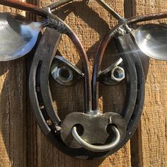 Straightforward Metal Working Guide: Thoughts On Rudimentary Factors Of DIY Black Smith Metal Working - The Man Builds Welding Art Projects, Welding Crafts, Metal Art Projects, Metal Crafts, Diy Welding, Blacksmith Projects, Welding Gear, Diy Projects, Horseshoe Crafts