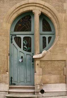 keyhole circle door...crazy cool aqua door