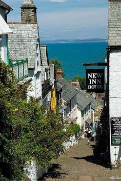 New Inn - Clovelly, North Devon, England England Ireland, England Uk, London England, Oxford England, Cornwall England, Yorkshire England, Yorkshire Dales, Oh The Places You'll Go, Places To Travel
