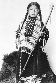 Beads Girl - Oglala Lakota, photograph taken by Herman Heyn.