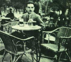 Ayala on Café Gijón