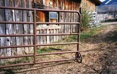 Having troubles with gates on your homestead? Here are some tips for quick fixes for user-friendly gates.