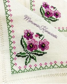 1 million+ Stunning Free Images to Use Anywhere Mini Cross Stitch, Cross Stitch Heart, Cross Stitch Borders, Cross Stitch Flowers, Cross Stitch Designs, Cross Stitch Patterns, Hand Embroidery Designs, Embroidery Patterns, Crochet Stitches