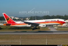 D2-TEE TAAG Angola Airlines Boeing 777-200