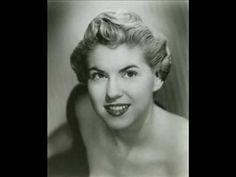 Un día como hoy, 8 de noviembre, nació Chris Connor (8 de noviembre de  1927 – 29 de agosto de  2009), cantante estadounidense de jazz.  http://en.wikipedia.org/wiki/Chris_Connor  http://www.apoloybaco.com/chrisconnorsbiografia.htm