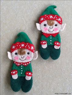 I love these adorable little Elves! There are no instructions, but I'd love to try to make some like these. I love these adorable little Elves! There are no instructions, but I'd love to try to make some like these. Felt Christmas Decorations, Christmas Ornaments To Make, Christmas Sewing, Felt Ornaments, Christmas Projects, Holiday Crafts, Christmas Crafts, Ornament Template, Felt Gifts